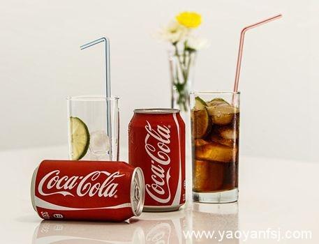 可乐可以完全代替灭火器灭火?