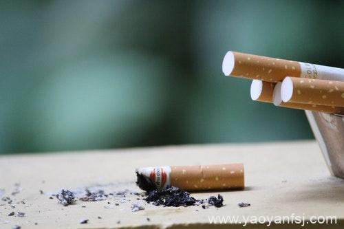 电子烟有助戒烟?